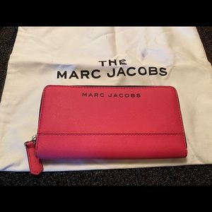 Marc Jacobs Saffiano Wallet in Pink NWT